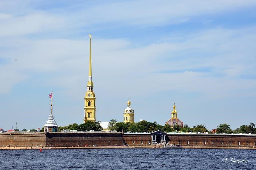 Где находится Петропавловская крепость? – 2 слова