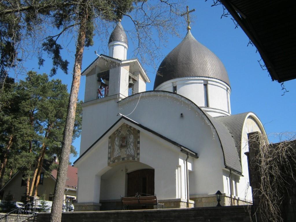 Храмы Санкт-Петербурга: фото с названием и описанием. Юго-западный вид храма