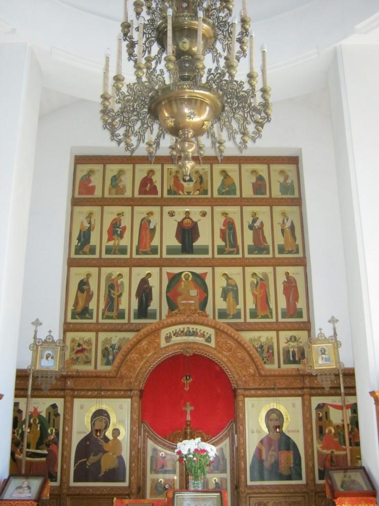 Храмы Санкт-Петербурга: фото с названием и описанием. Иконостас церкви