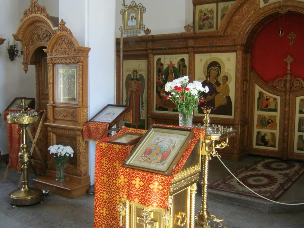 Храмы Санкт-Петербурга: фото с названием и описанием. Фрагмент внутреннего убранства храма