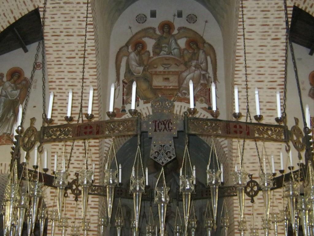 Храмы Санкт-Петербурга: фото с названием и описанием. Главный светильник храма