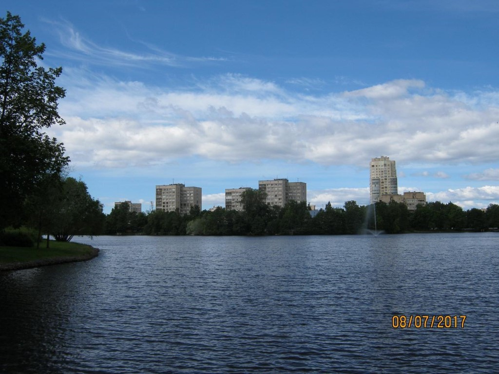 Как находят клады. Над Сестрорецком теперь не дымят заводские трубы; город становится   «спальным» районом Санкт-Петербурга