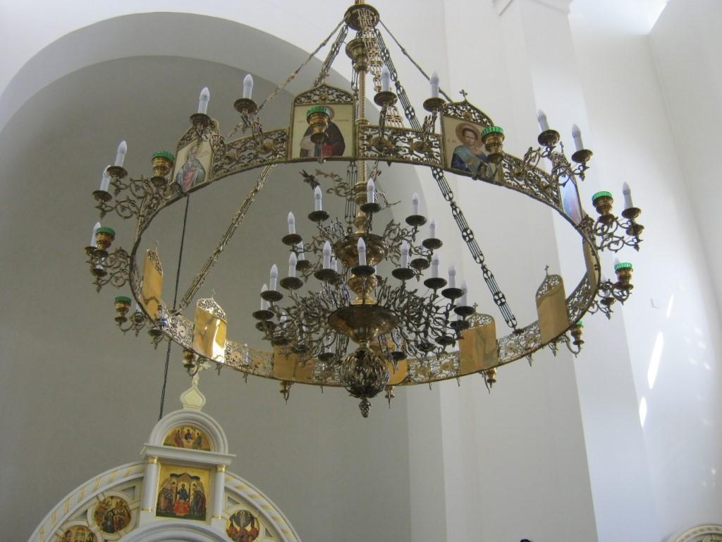 Храмы Санкт-Петербурга: фото с названием и описанием. Главный светильник при более близком рассмотрении