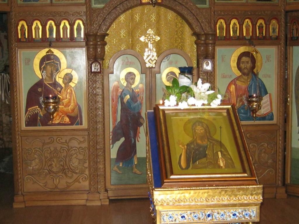 Храмы Санкт-Петербурга: фото с названием и описанием. Резной иконостас и главные иконы храма