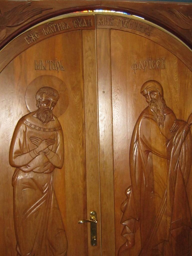 Храмы Санкт-Петербурга: фото с названием и описанием. Резные двери храма