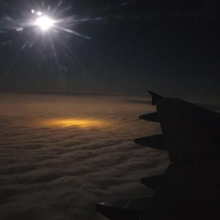 Фото зарева от теплиц с борта самолета